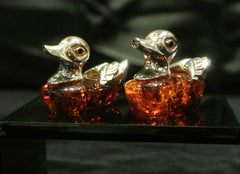 Amber Silver Ducks Carving