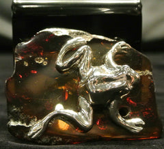 Amber Silver Frog Carving
