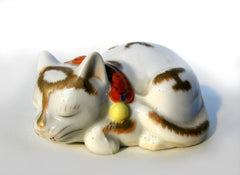 Porcelain Animal Kutani Sleeping Cat Taisho Period