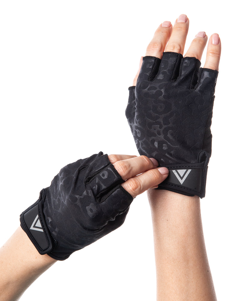 Load image into Gallery viewer, Gloves- Black Leopard