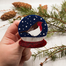 Load image into Gallery viewer, Snowglobe Robin Brooch