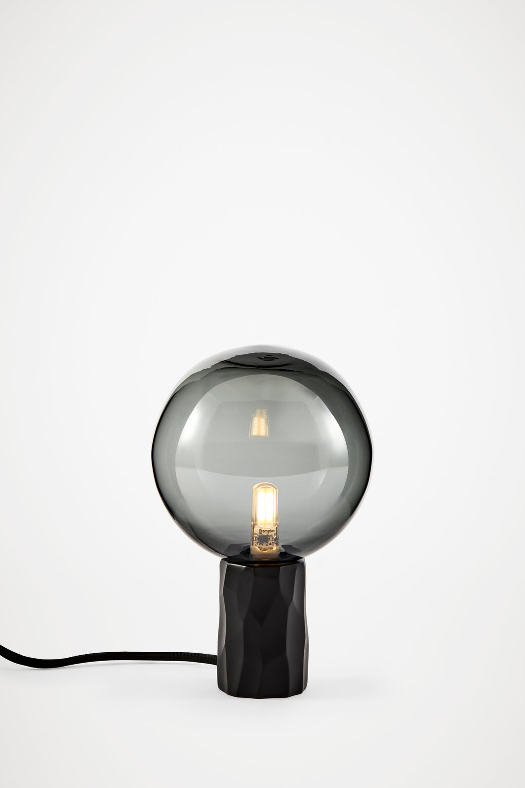 Kyoto Table lamp Black with smoked glass