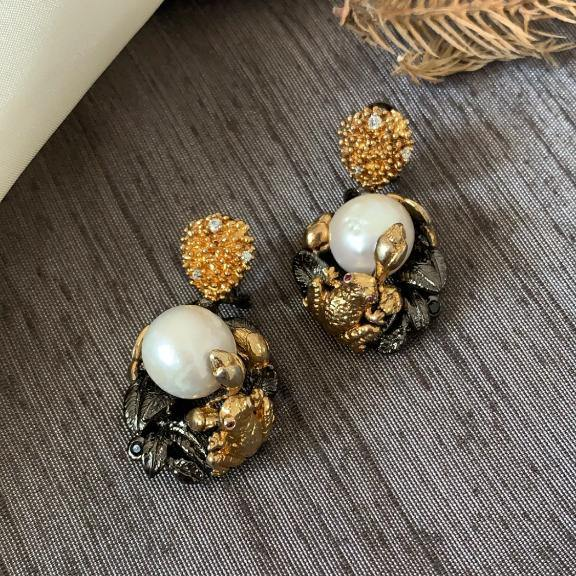 Baroque Pearl earrings - Zevar King