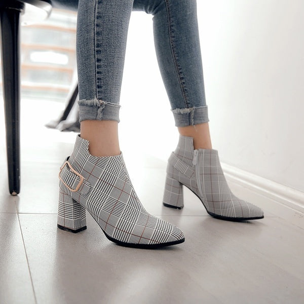New Fashion Simple Plaid Ankle Boots Ladies Luxury Grid Leather Pointed Toe High Heel Shoes Sexy Autumn Winter Women Lattice Boots Plus Size