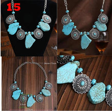 Load image into Gallery viewer, Stylish vintage lady turquoise necklace stud set