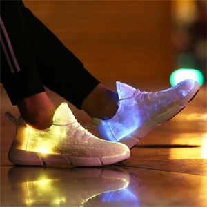 Luminous Shoes New Led Fiber Optic Shoes for Girls Boys Men Women USB Recharge Glowing Sneakers Man Light Up Shoes Performance Props Disco HIP HOP Special Shoes 25-47