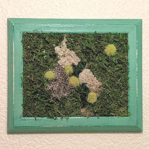 Framed moss wall art, preserved moss art, living wall, green wall, moss art work | FRAMED CHIC