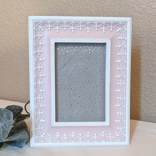 Pink and white picture frame with fleur-de-lis design | FRAMED CHIC