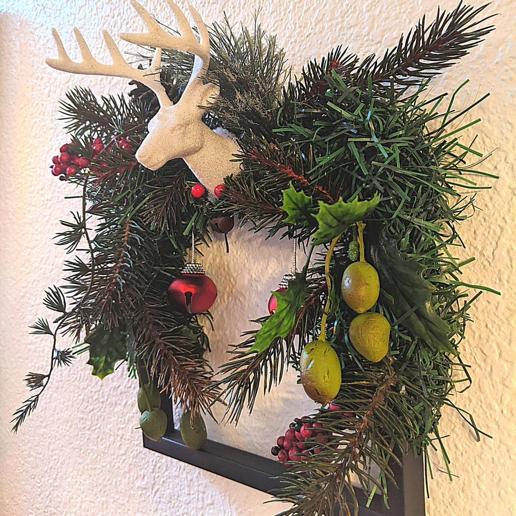 Reindeer Frame Wreath
