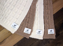 Load image into Gallery viewer, USA Grown Big Cable Alpaca Blanket