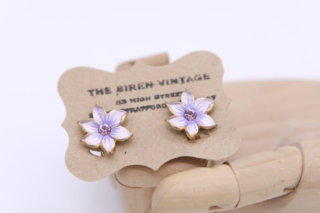 """Lilac floral"" Purple Coro enamel clip on earrings."