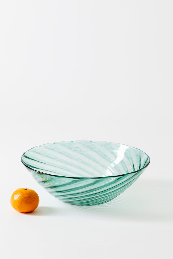 LARGE TWIST BOWL