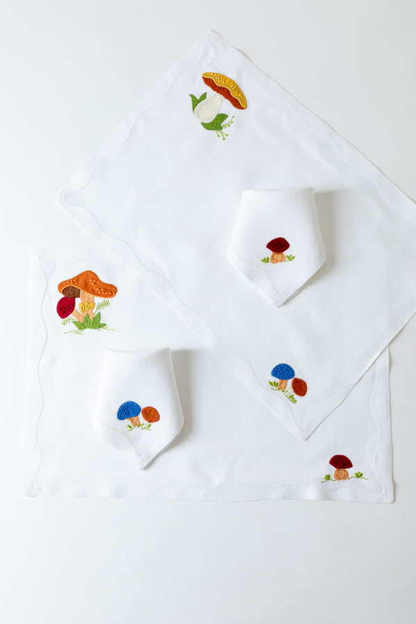 SET OF 2 SCHROOM PLACEMATS