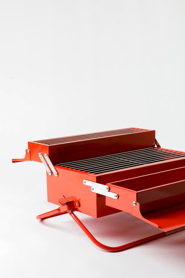 PETITE RED LACQUER GRILL