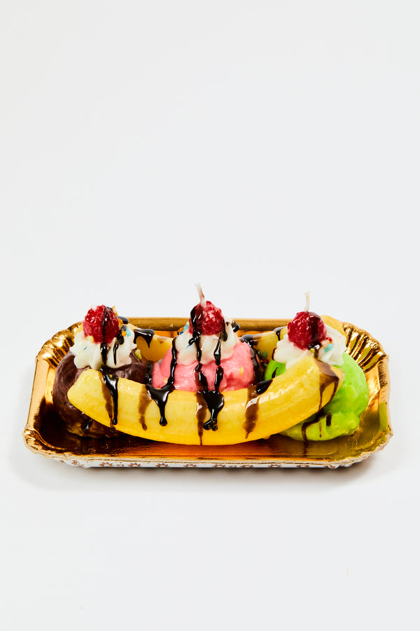 CANDLES DRESSED AS BANANA SPLITS
