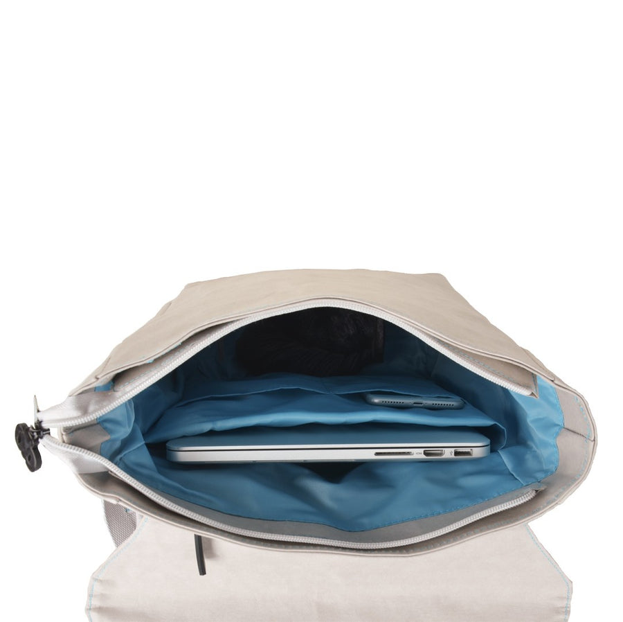 Grey Flip-Top paper leather DrawBag interior.