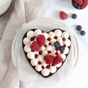 Load image into Gallery viewer, Heart Cake