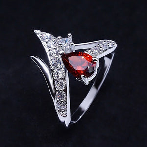 Exquiste Rings 925 Silver Pear-Shaped White / Sapphire / Ruby Zircon Ring Wedding Engagement Ring Fashion Diamond Rings for Women Cocktail Ring (US Size:5,6,7,8,9,10)
