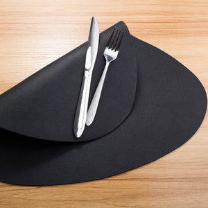 4Pcs Black Leather Placemat Kitchen Tableware Mat Waterproof Heat-Resistant Table Mat Dinner Pad