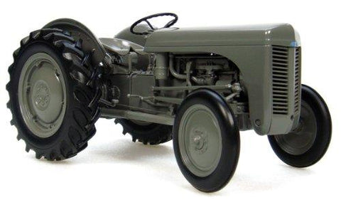 Tractor TEA 20 Fergusson 1:16 DieCast - UniqueVintages