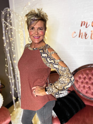 BLACK FRIDAY DEAL: S-3X CASHMERE SNAKE TOP