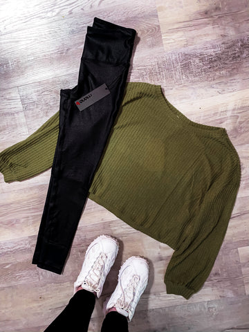 OLIVE WAFFLE KNIT CROP TOP