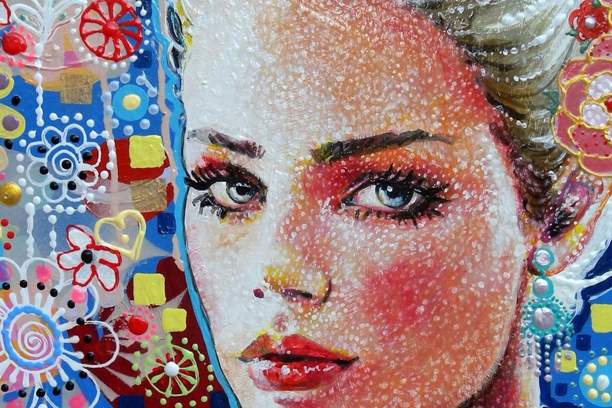 Urban Queen - SOLD Amylee