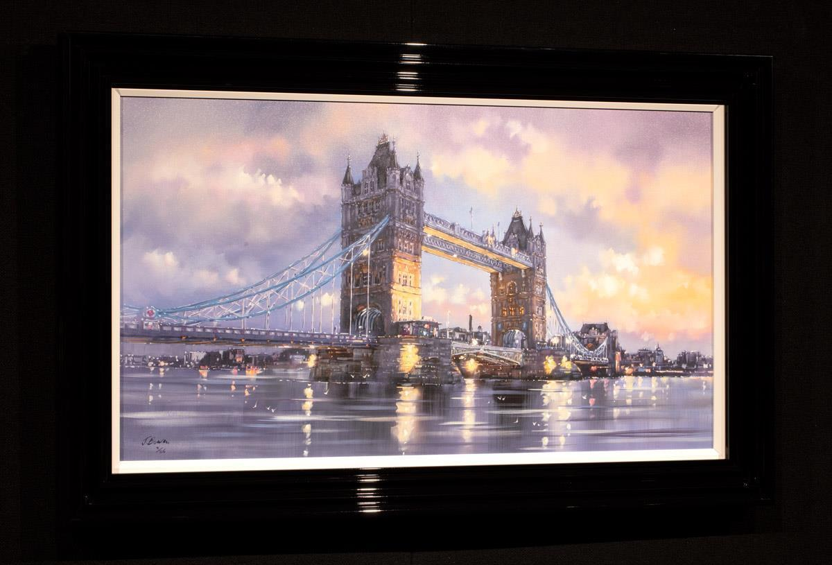 Tower Bridge - Edition Joe Bowen Framed