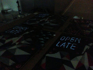 Open Late Lhouette