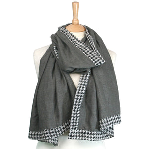 Dogtooth Edge Thick Style Scarf Grey
