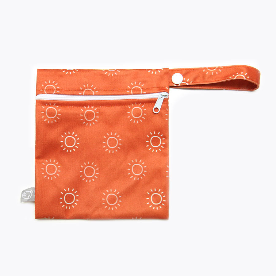 small wet bag for wipes water resistant
