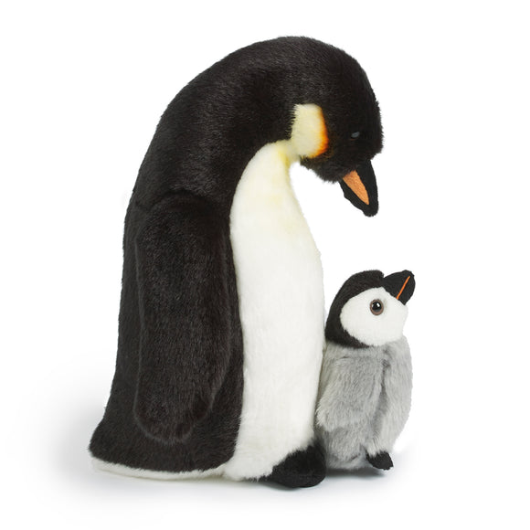 LIVING NATURE Penguin with Chick