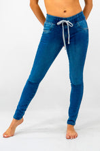 Load image into Gallery viewer, Stretch Jogger Jeans