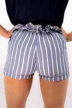 Load image into Gallery viewer, Casual Striped Beach Shorts