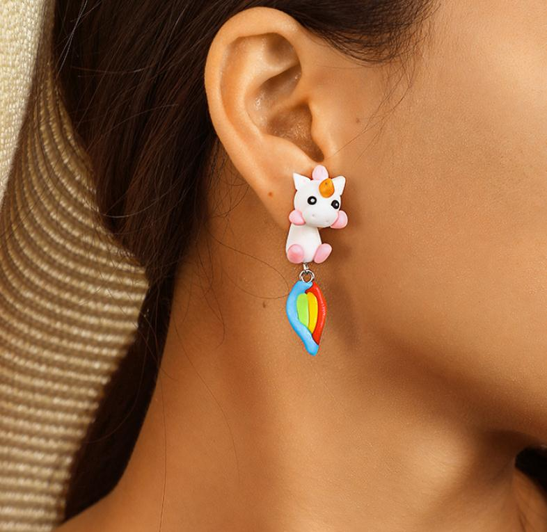 Unicorn Earring Tail Rainbow - Unicorn in Wonderland