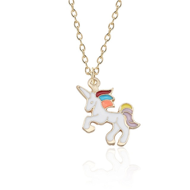 Unicorn Necklace Showing - Unicorn in Wonderland