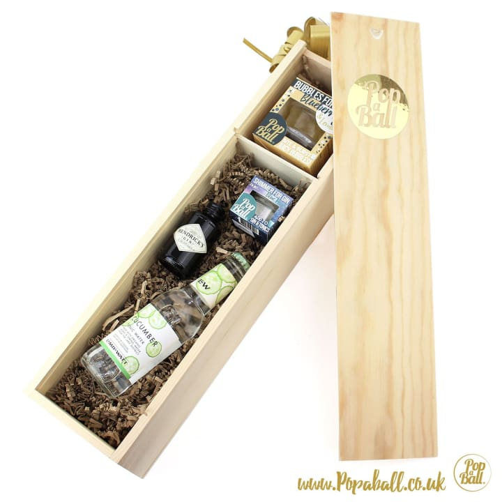 Shimmer With Bubbles For Gin And G&t Large Wood Box Gift Set - Gin And Bubbles