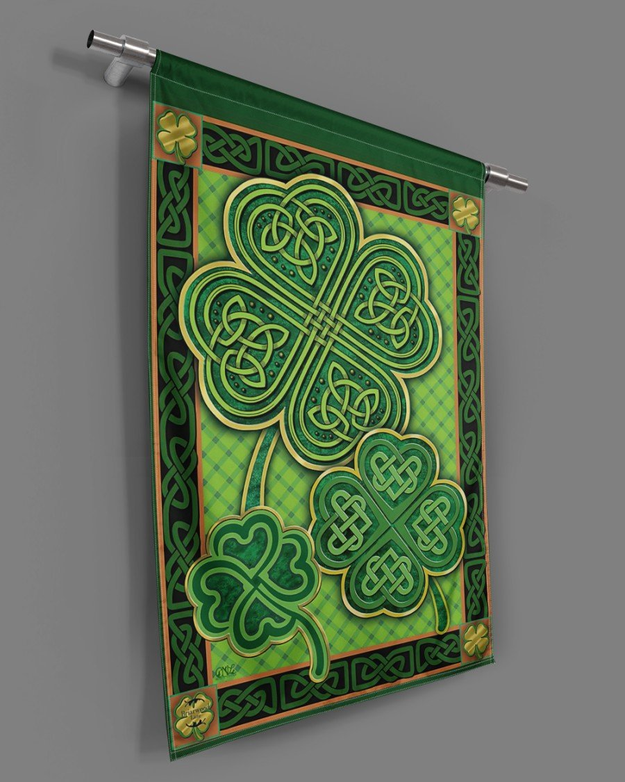 Patrick's Day Gift -Shamrock House Flag- Lucky Four Clevers - Irish Flag - Shamrock Gift
