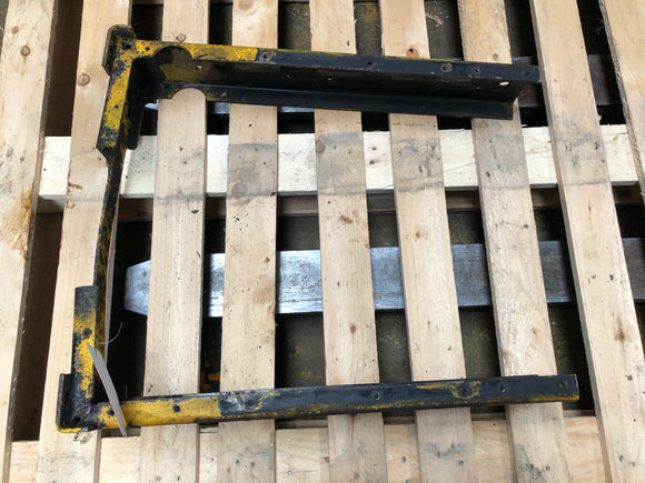 SECOND HAND RADIATOR BRACKET JCB Part No. ATJ9191