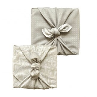 FabRap Double Sided Large Dove & Lily Wrap