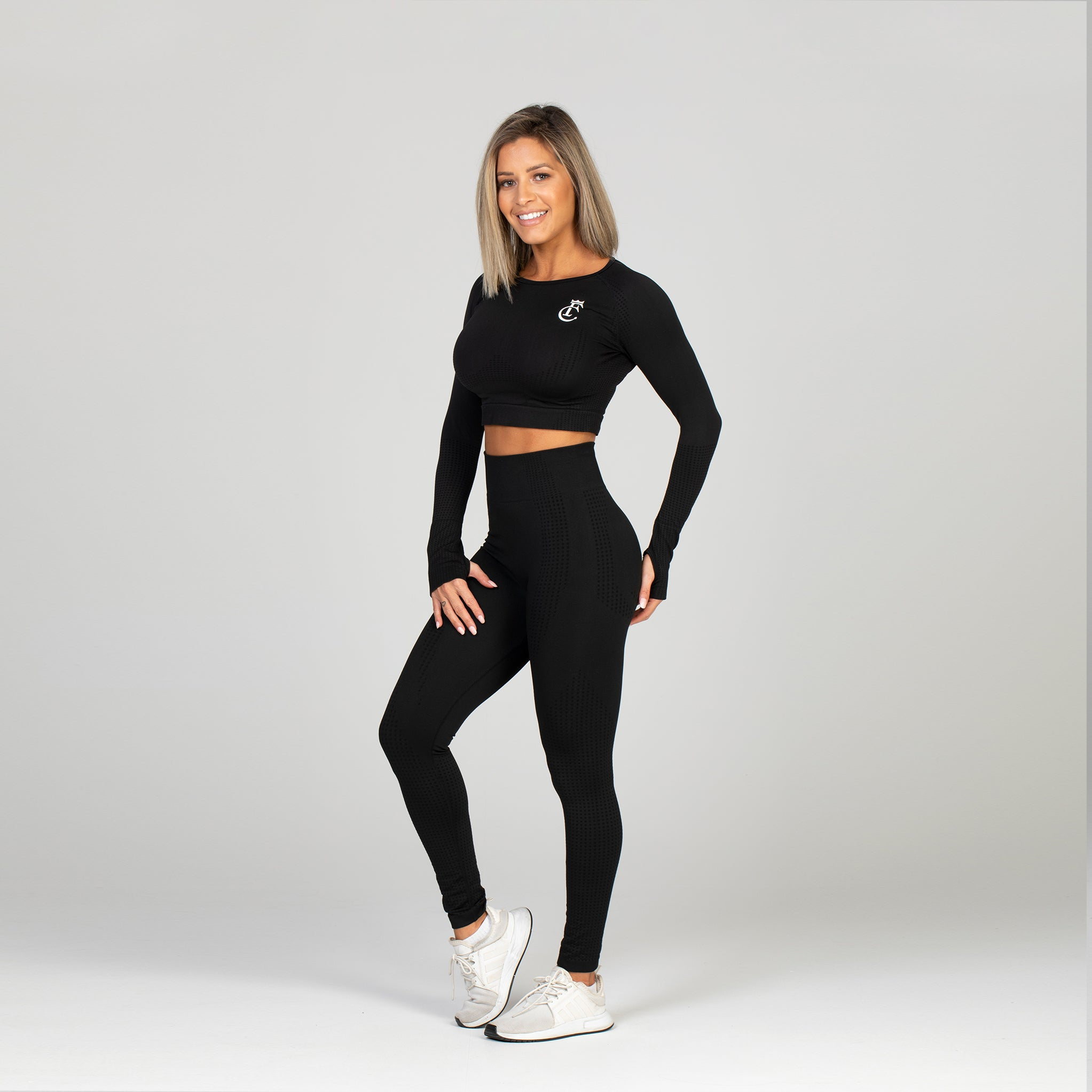 Black Sports Long Sleeved Crop