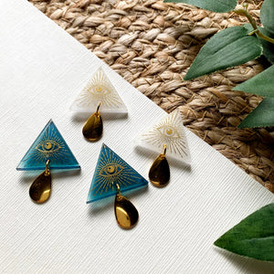 Magic Eye Pyramid Studs