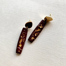 Load image into Gallery viewer, Evelyn in Oxblood Howlite with Gold