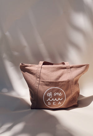 The No Sand Tote in Red Dirt