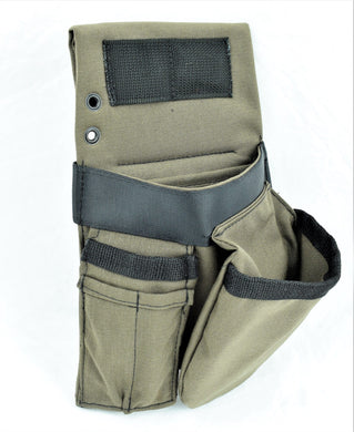 The Clavo an ideal non-dominant side pouch option. Shop yours today at Top Class Gears NZ / SIG Tools