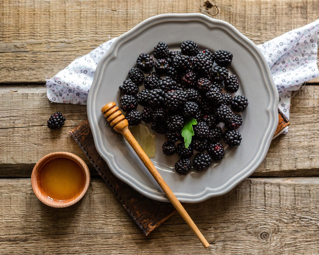 5 Blackberry Tea Recipes For Sweet and Tart Flavor