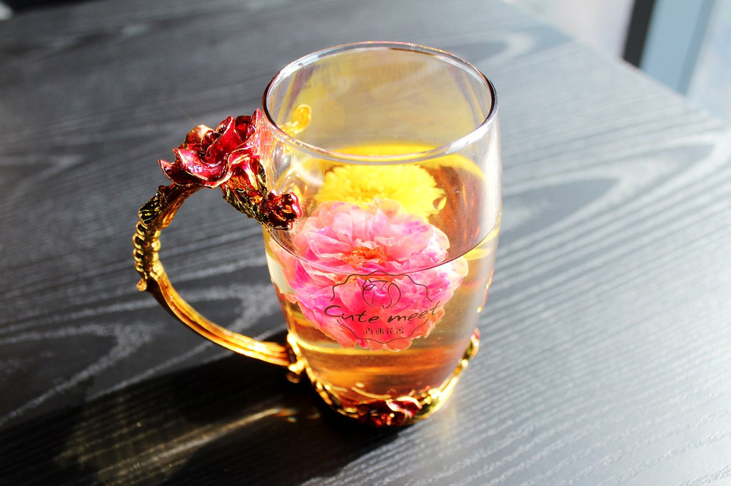 The 6 Best Teas For Treating Migraines