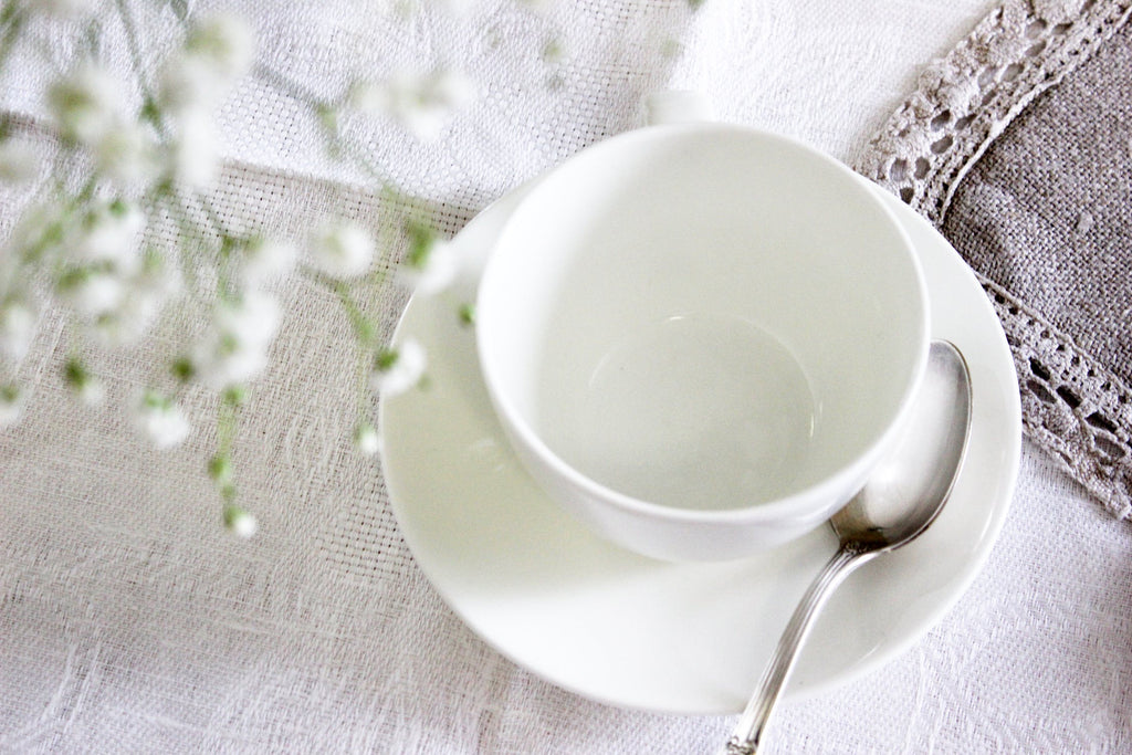 The Ultimate Guide To White Peony Tea: Brewing, Flavor Profile, & More