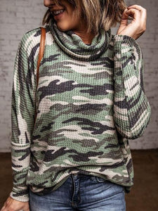 Pile Neck Camouflage Print Casual Pullover