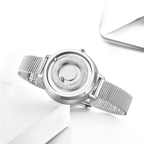 Women Magnetic Wristwatch
